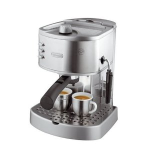 Buy the De'Longhi EC330S Pump Espresso Maker from Amazon UK